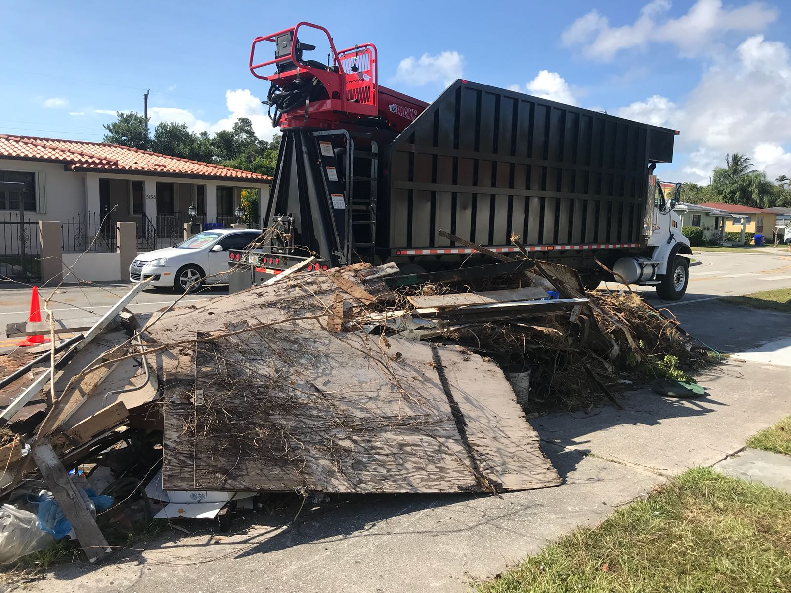 Home - Grapple Junk Removal